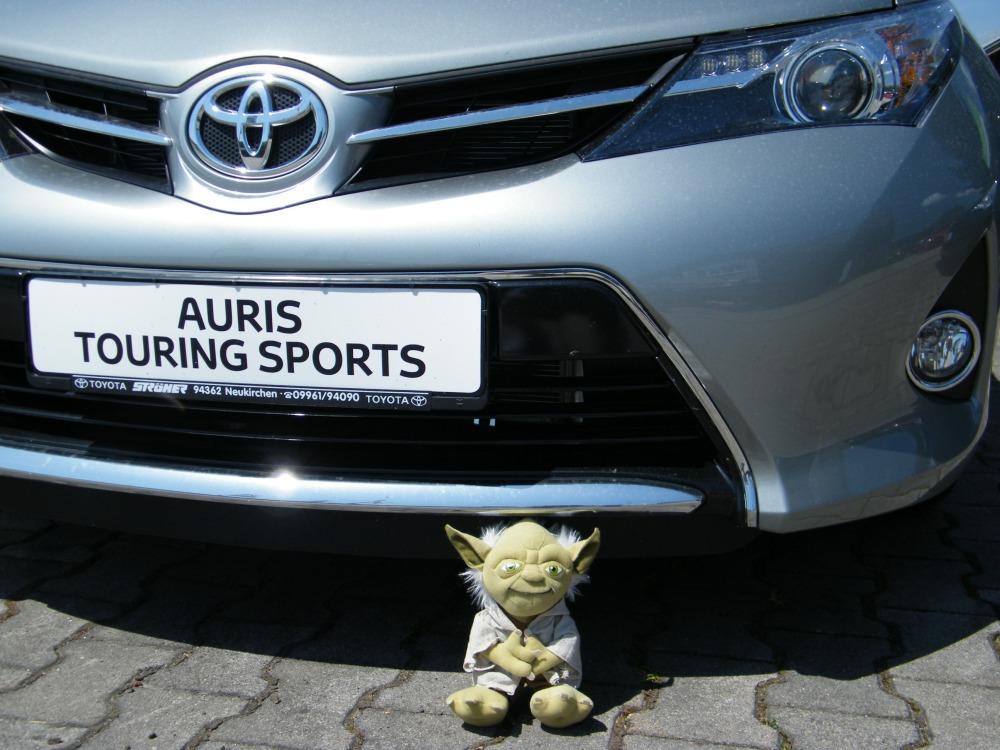 Fahrbericht: Auris. Legende schreibt man anders - bisher. Der Volks-Wagen von Toyota. (1/6)